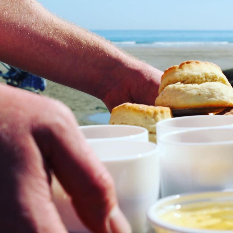 Cream tea on the beach  Honestly it doesnt gethellip