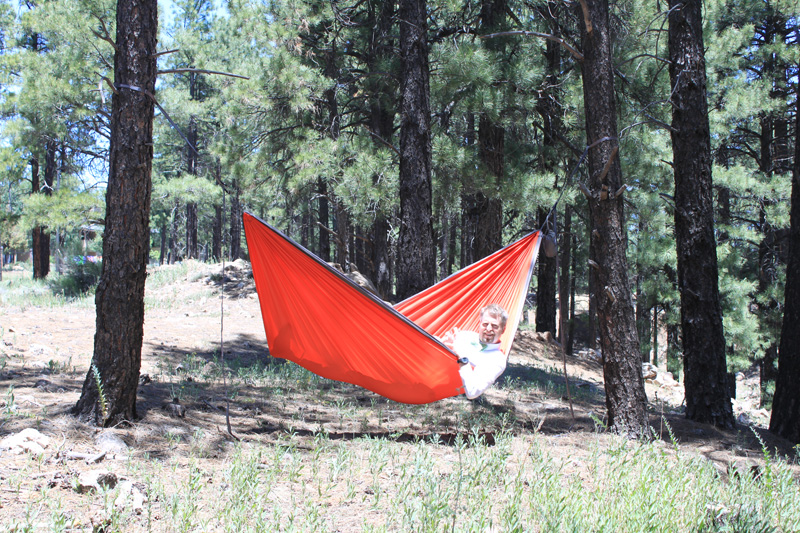 Laying correctly in a Brazilian hammock