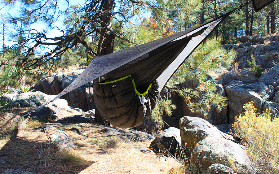 eno underquilt hennessy eno down filled hammock quilts reviewed   the ultimate hang  rh   theultimatehang