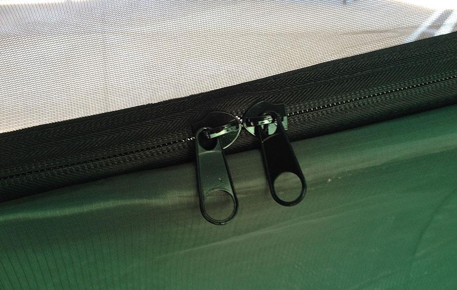 dd-hammock-zipper-closeup