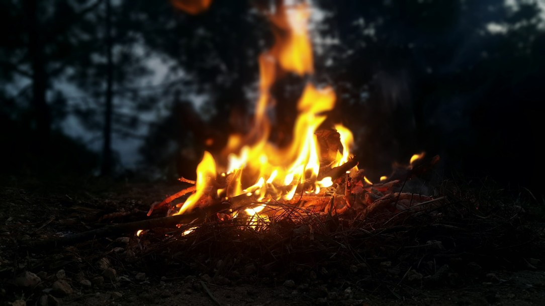How to build a fire when everything has gone wrong