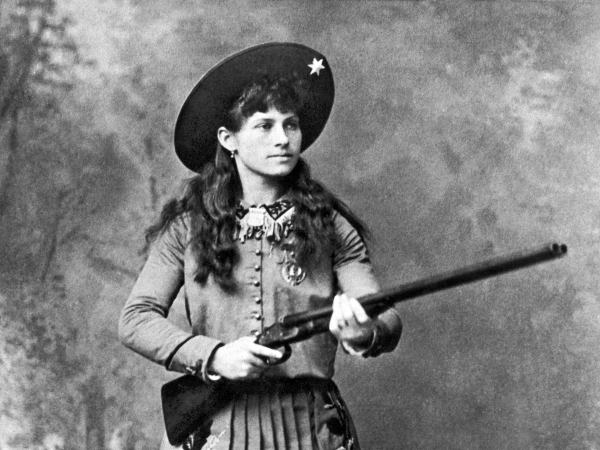 Breaking boundaries: The legacy of sharpshooter Annie Oakley