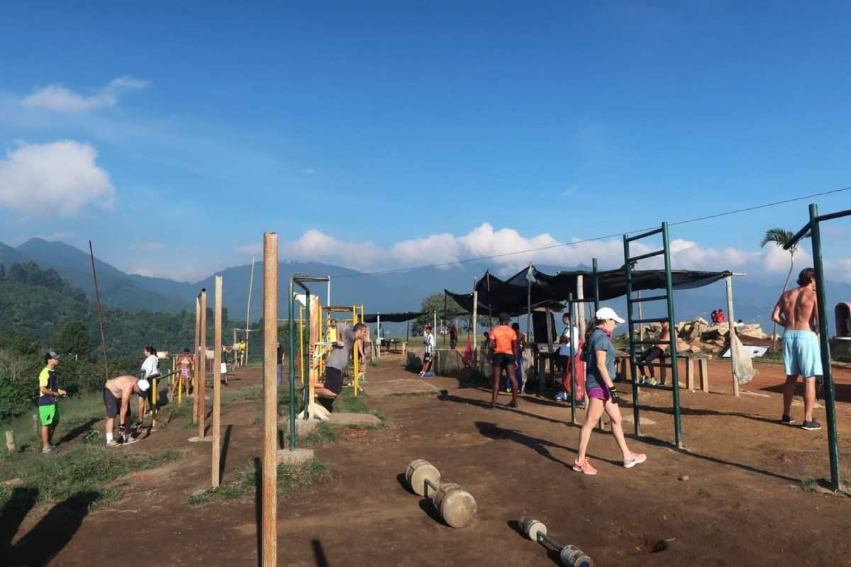 cerro las tres cruces outdoor gym