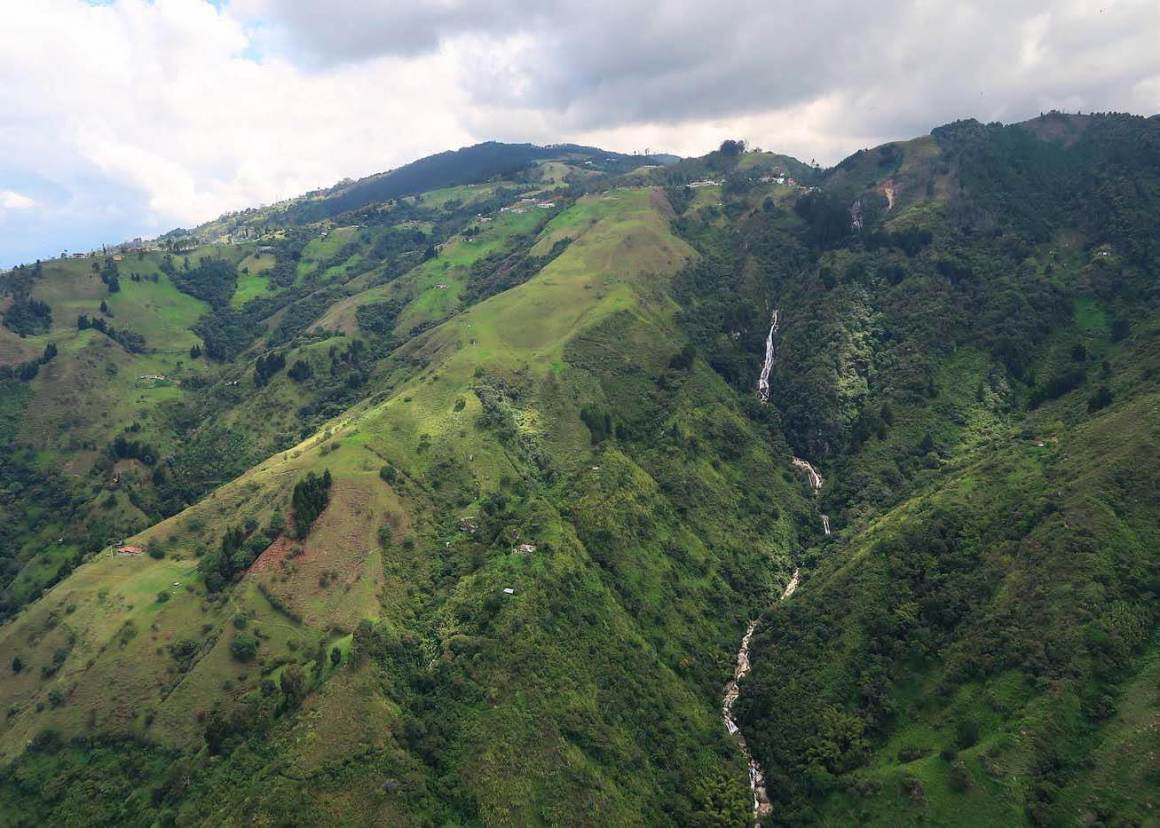 The mountain with San Felix on top and Chorro del Hato falling down it