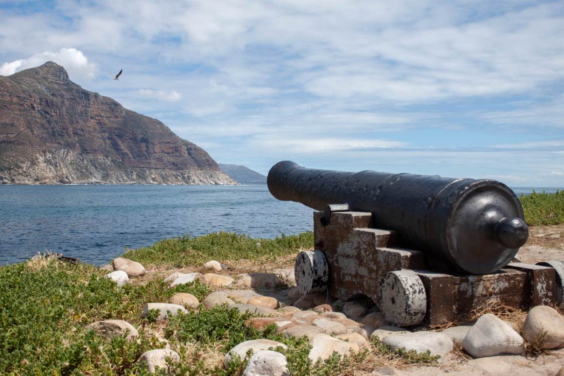 Hout Bay canon and Chapman's Peak