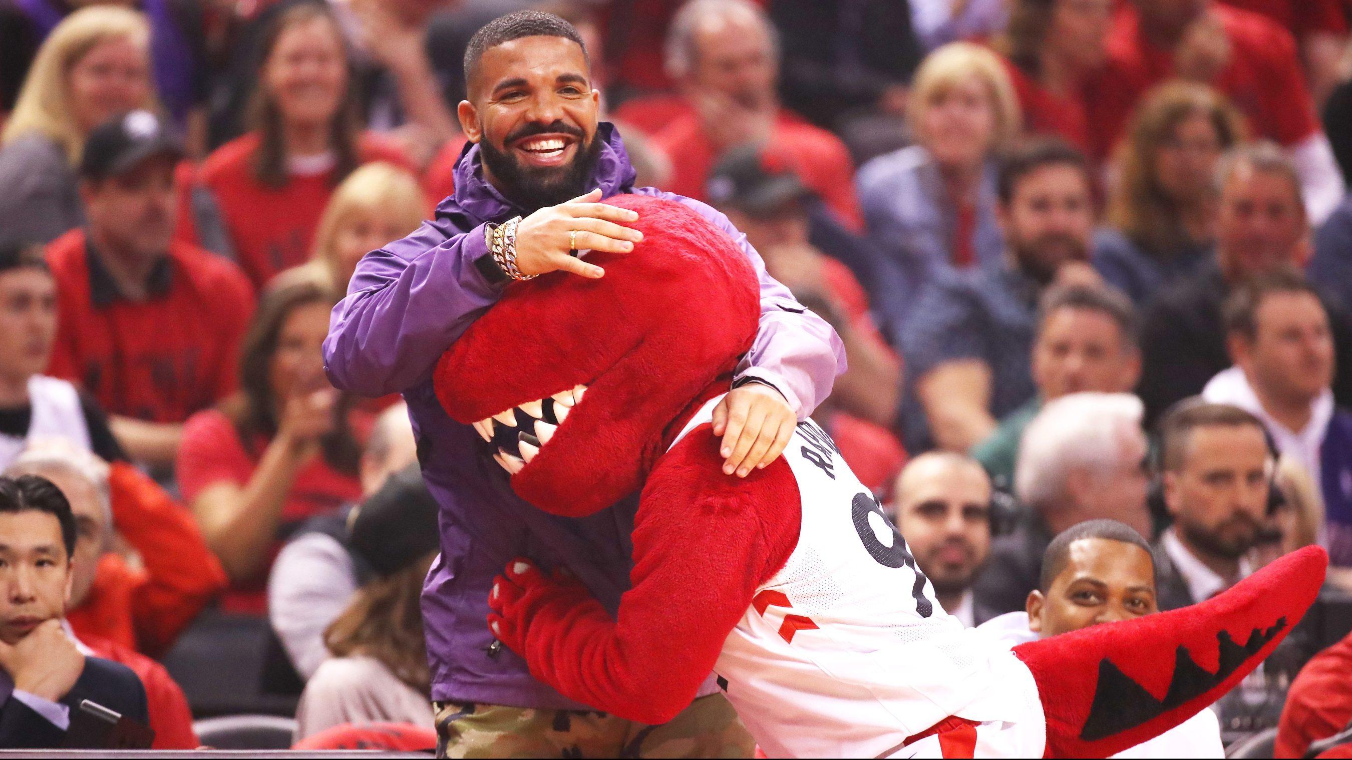 Raptors Superfan Drake Is The Nba S Biggest Celebrity