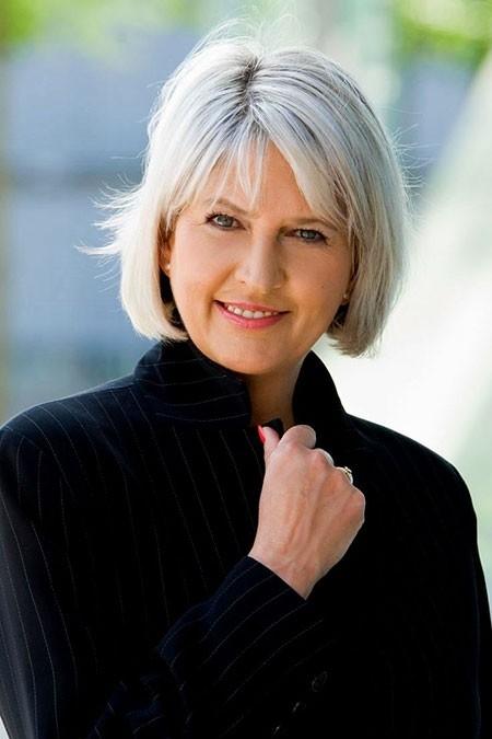 Beautiful-Blonde Short Bob Haircuts for Older Women