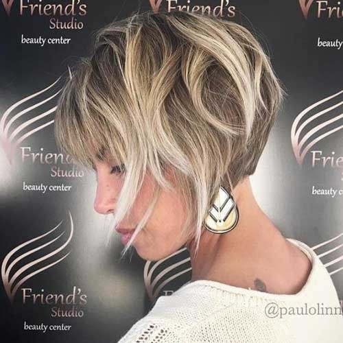 Blonde-Balayage Blonde Short Hair Ideas for Ladies