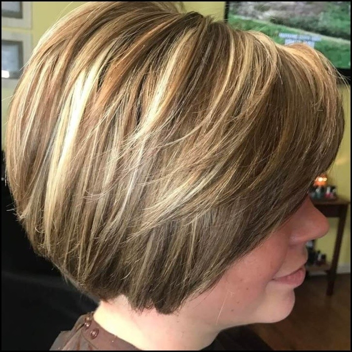 Chic-Short-Bob-Hairstyles-And-Haircuts-2 Totally Chic Short Bob Hairstyles And Haircuts for Every Woman