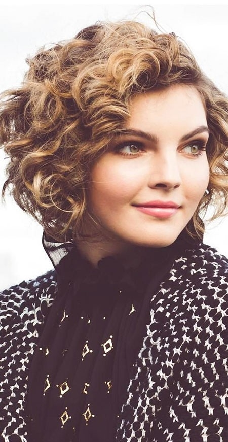 Classic-Look Haircuts for Short Curly Hair