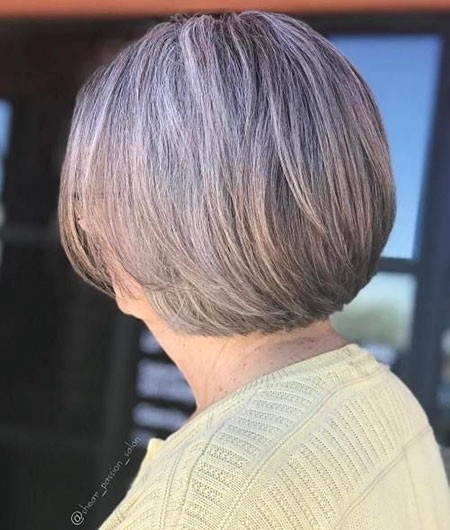 Classic-Style Short Bob Haircuts for Older Women