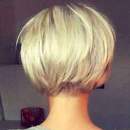 Cute-Blonde-Bob-Haircut New Short Layered Hairstyles 2018