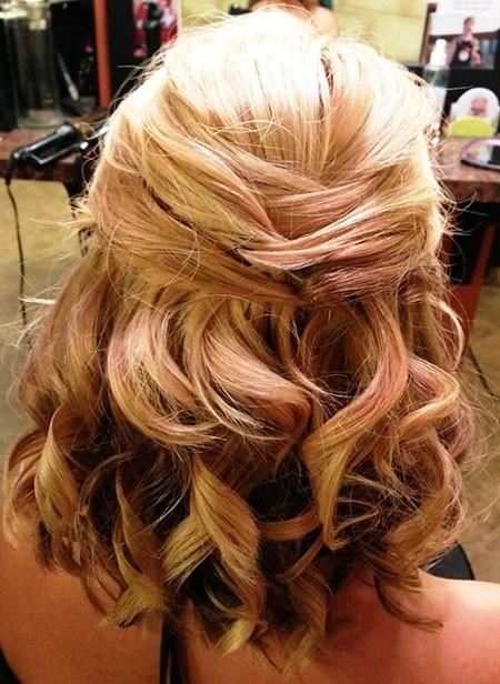 Cute-Curls Wedding Hairstyles for Short Hair