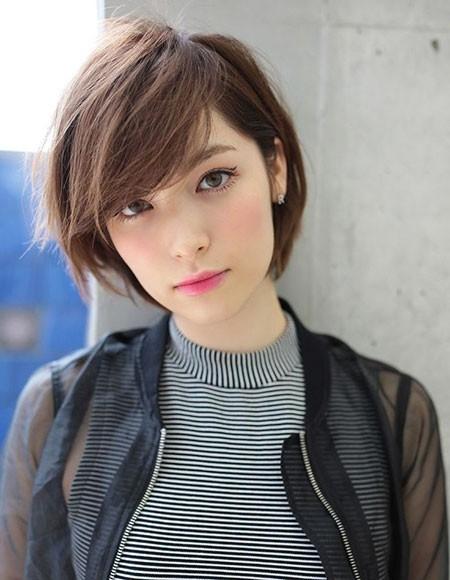 Cute-Short-Hairtyle Cute Short Haircuts for Girls