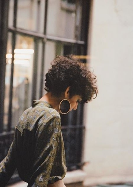 Layered-Haircut-2 Haircuts for Short Curly Hair