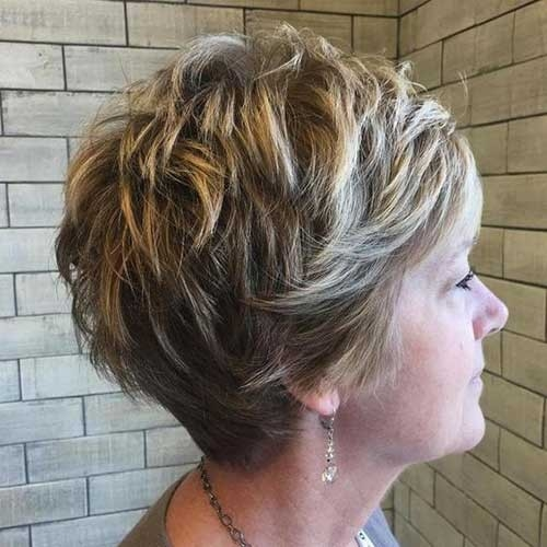 Layered-Short-Hair-for-Women-Over-50 Splendid Layered Short Haircuts for Ladies