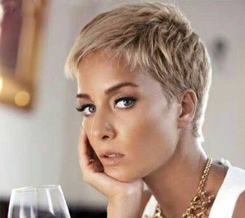 Sassy-Pixie Superb Short Pixie Haircuts for Women