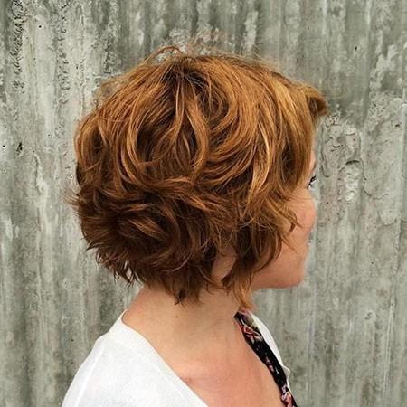 Short-Layered-Haircuts-for-Wavy-Hair New Short Layered Hairstyles 2018