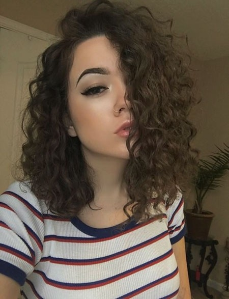 Shoulder-Length-Hairtyle Haircuts for Short Curly Hair