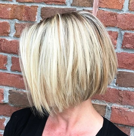 Straight-Messy-Hair New Short Straight Hairstyles 2018