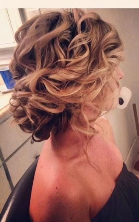 Stunning-Hair-Look Updo Hairstyles for Short Hair