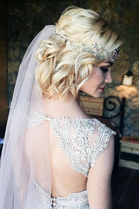 Very-Beautiful-Wavy-Hair Wedding Hairstyles for Short Hair