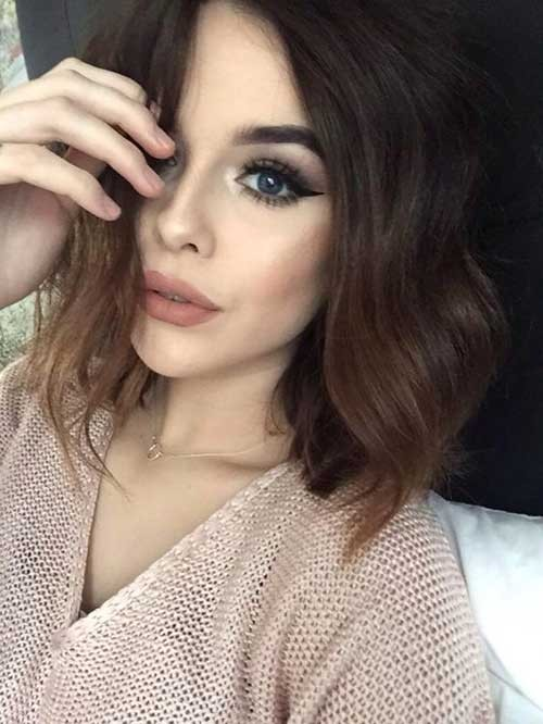 Acacia-Brinley-Short-Hair Best Short Haircuts You will Want to Try
