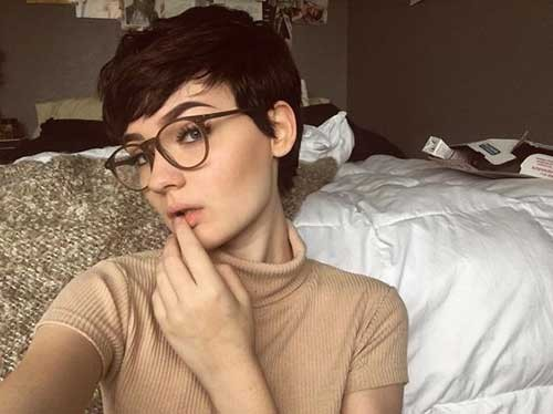 Androgynous-Short-Pixie-Cut Best Pixie Haircuts for 2018