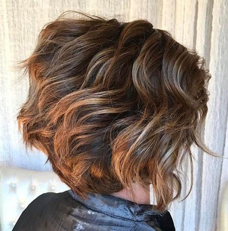 Brown-Bob-Hair Short Layered Wavy Hairstyles