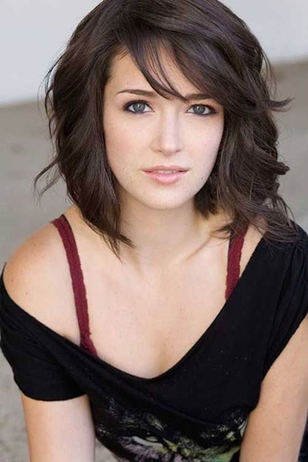 Dark-Waves-with-Swept-Fringe Short Cute Hairstyles