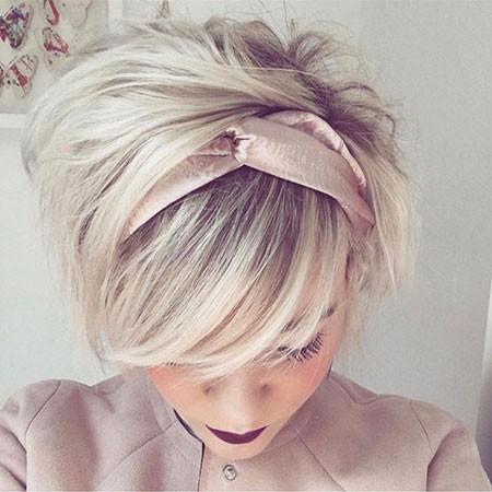 Short-Hair-with-Headband Short Cute Hairstyles
