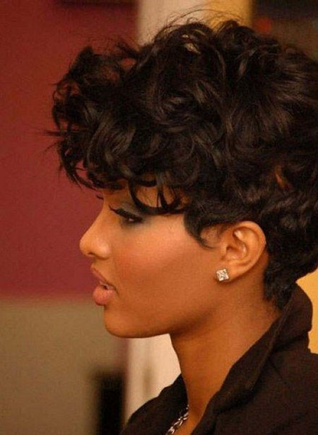 Short-Haircuts-for-Black-Women-with-Round-Faces Short Haircuts for Black Women with Round Faces