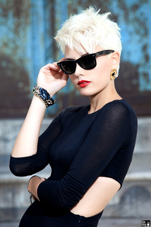 Short-blonde-pixie-haircut-pictures Very Short Pixie Haircuts for Women