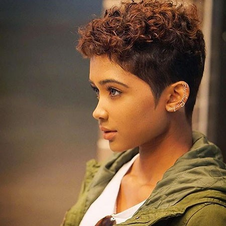 Very-Short-Curly Best Short Hairstyles for Black Women