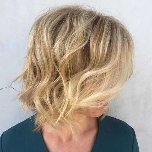 Wavy-Bob Latest Bob Haircuts and Styles for You