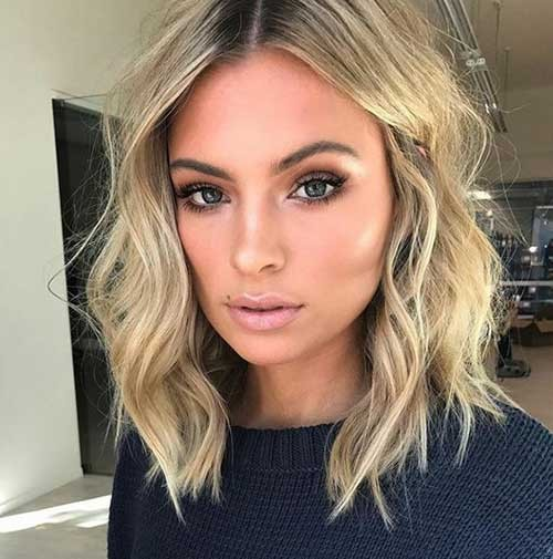 Wavy-Lob-Hairstyle Best Short Haircuts You will Want to Try