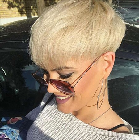 Blonde-Hairstyles Best Womens Short Haircuts