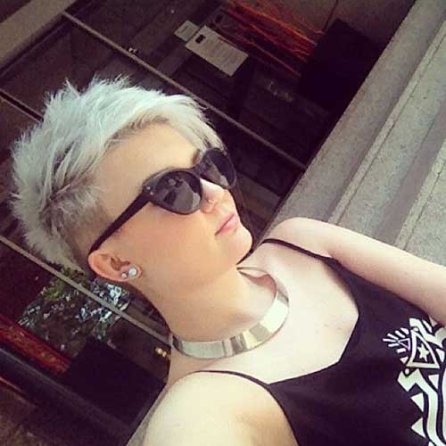 Half-Shaved-Short-Spiked-Pixie-Haircut Best Short Pixie Cuts