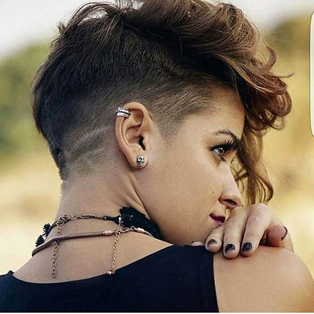 Mohawk-Style Best Womens Short Haircuts