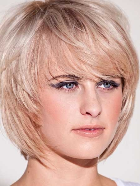 Short-Light-Vintage-Messy-Bob Layered Bob Haircuts