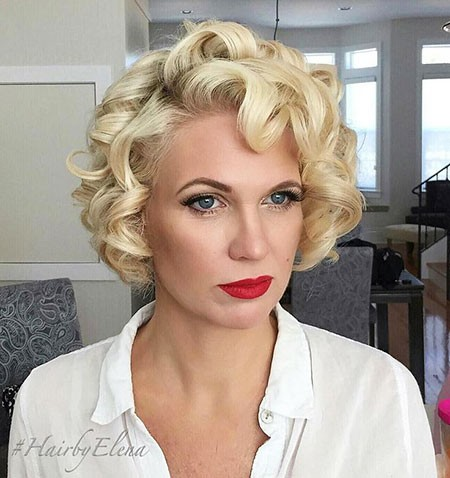 Vintage-Hairstyle Short Curly Blonde Hair Ideas