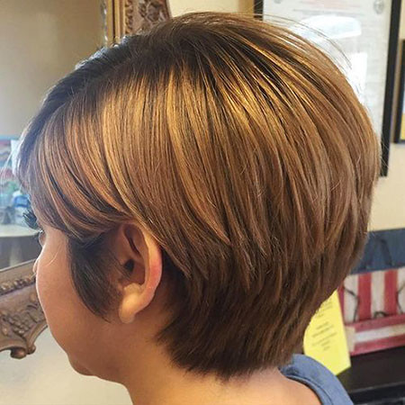 16-Golden-Blond-Very-Short-Layered-Hair-330 Short Trendy Hairstyles