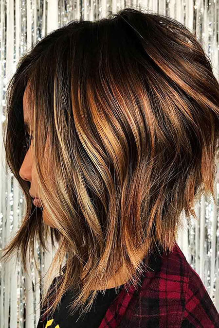 Choppy-Bob-with-Colourful-Layer Best Layered Bob Hairstyles