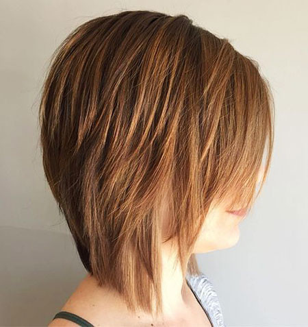 Choppy-Hair-2018 Best Layered Bob Hairstyles