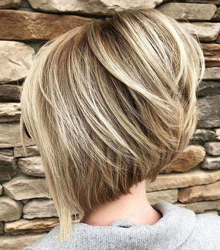 Grey-Inverted-Bob Best Layered Bob Hairstyles