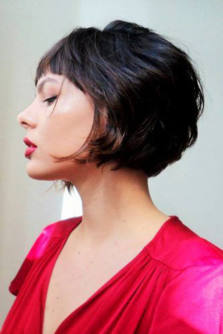 Inverted-Bob-with-Bangs Chic Short Haircuts with Bangs