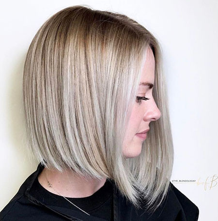 Inverted-Lob Short Haircuts for Straight Hair