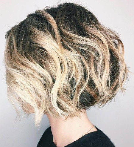Messy-Wavy-Black-and-Blonde-Ombre Amazing Short Ombre Hairstyles