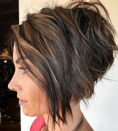 One-Angled-Bob Best Layered Bob Hairstyles