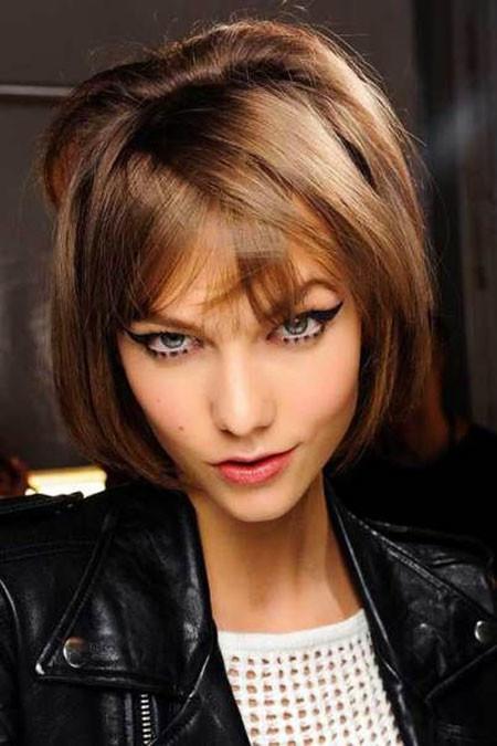 Sensational-Brown-Sleek-Hair Trendy Short Haircuts for Women